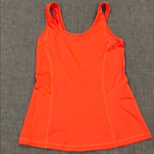 Lululemon coral fitted tank, size 6